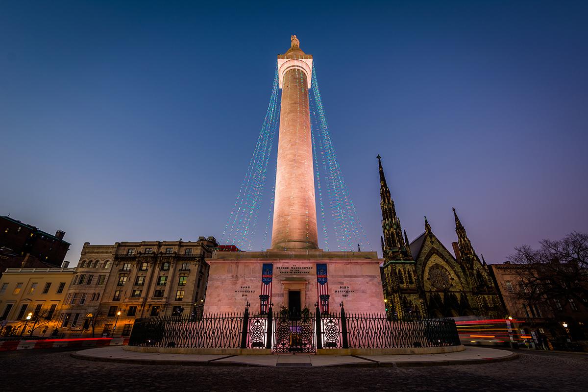 Monument Lighting Shutterstock 588032363