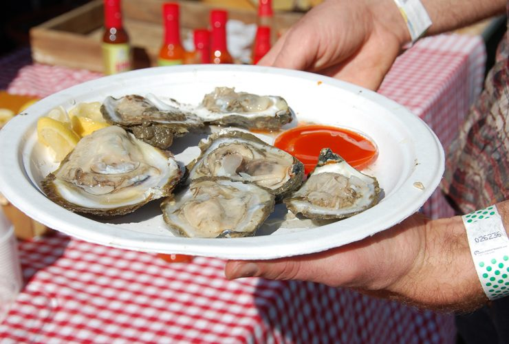 OystersHalfShell1