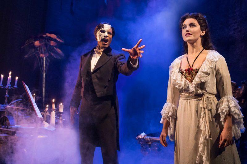 The Phantom Of The Opera Derrick Davis And Eva Tavares Photo Matthew Murphy 800X533