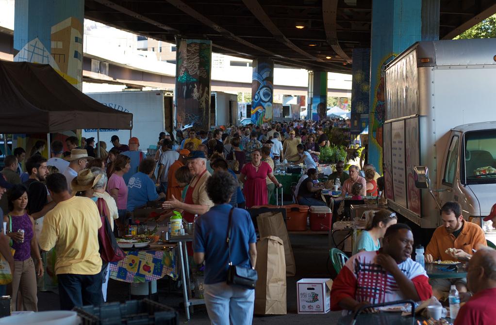 Balt Farmers Market Bazaar