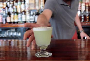 brunch cocktails video hero