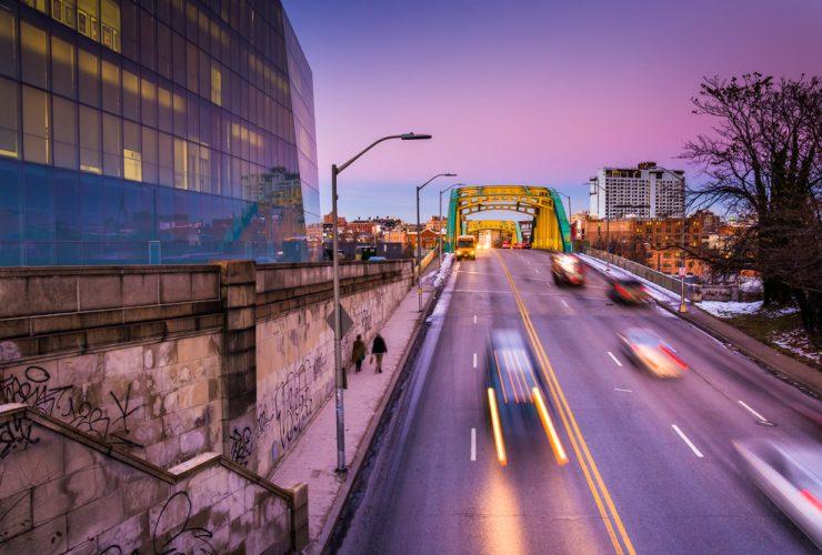 Howard  Street Bridge Shutterstock