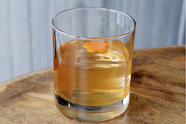 Lyon Cocktail Rum Bevs