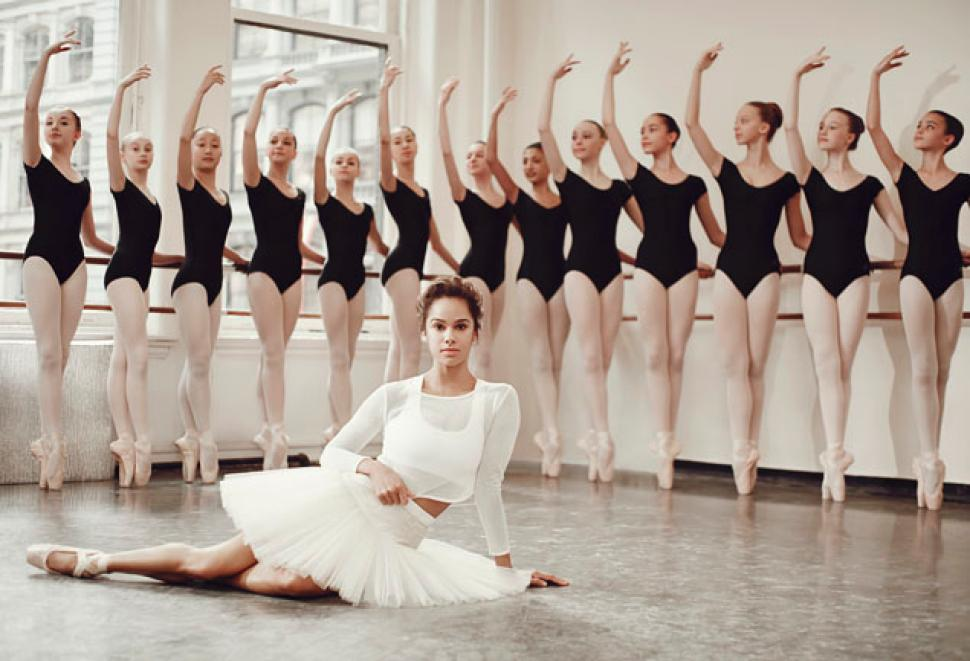 Conciliar exposición comedia  Misty Copeland Visits Reginald F. Lewis Museum For Talk, Book Signing -  Baltimore Magazine
