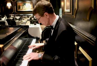 Prime Rib piano
